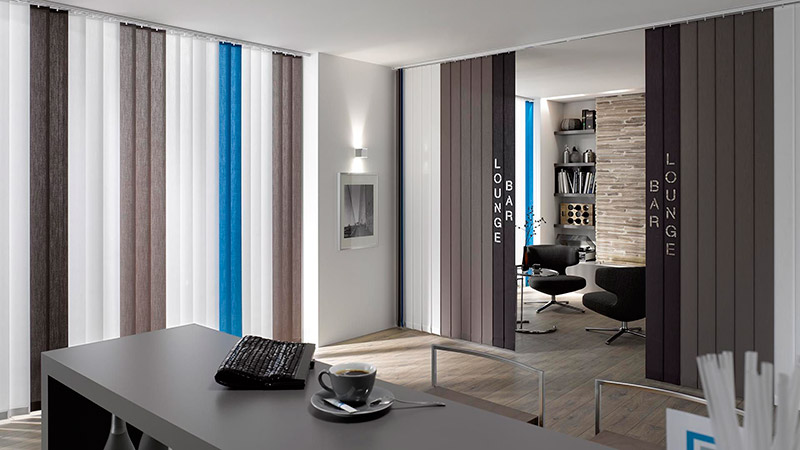 cortina vertical lamas combinadas