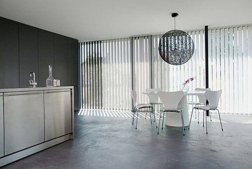 vertical blinds white