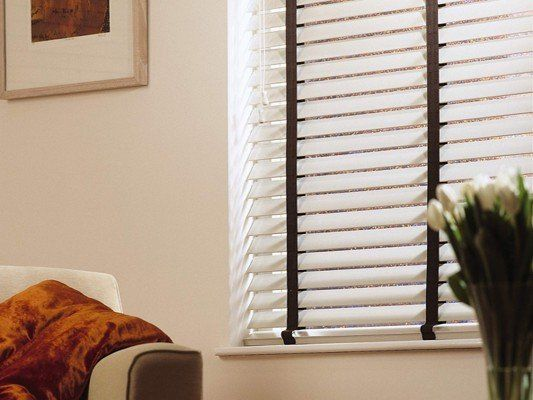 wooden blinds room
